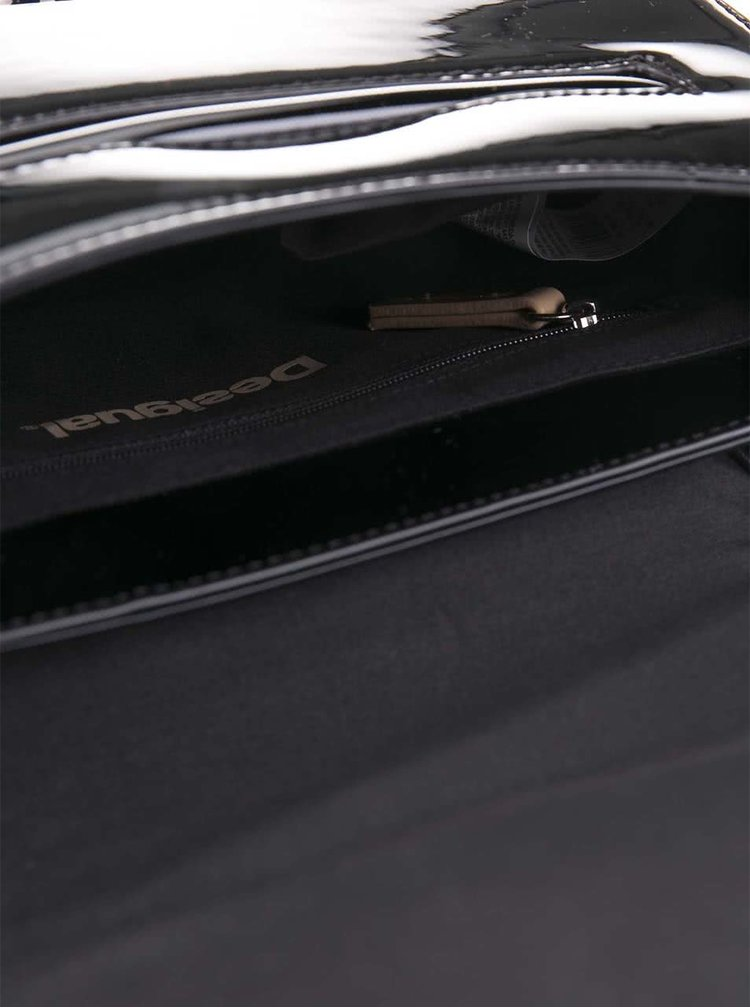Černá lesklá menší kabelka Desigual Varsovia