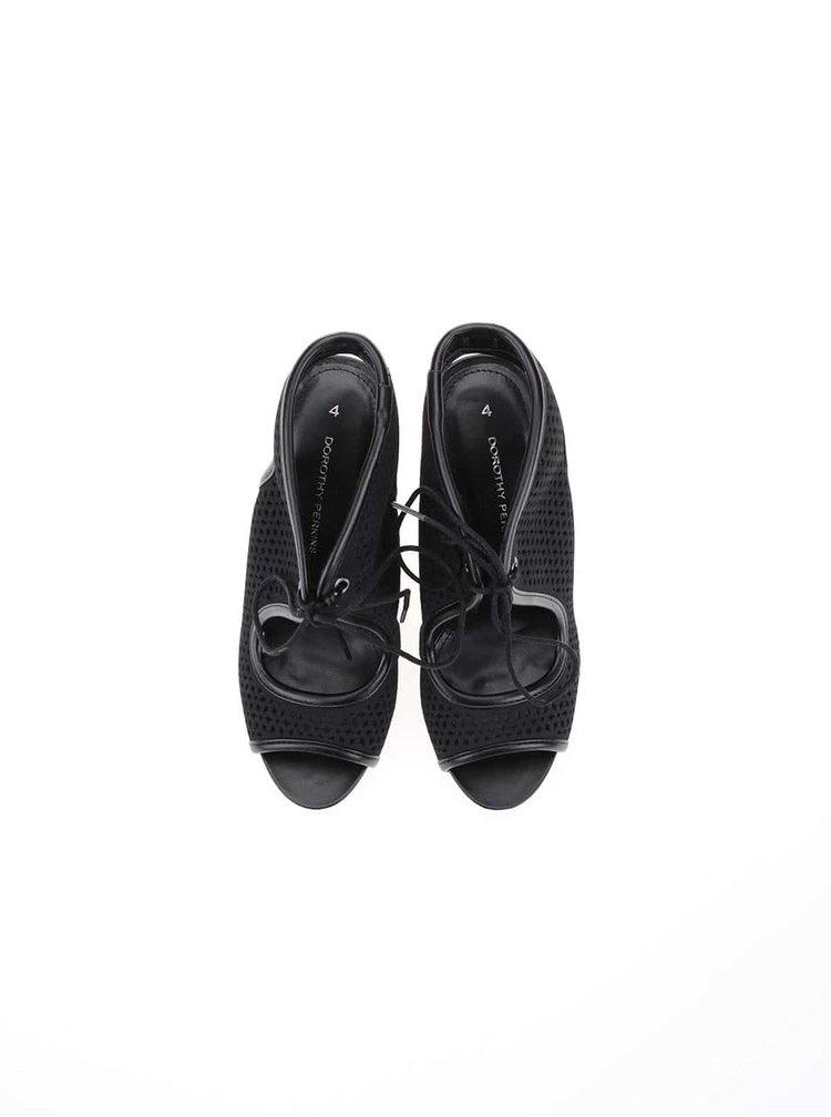 Čierne perforované topánky na podpätku Dorothy Perkins