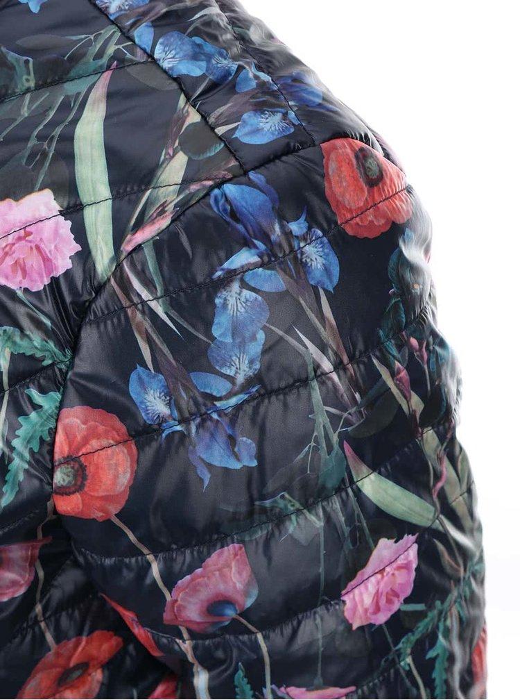 Modrá kvetovaná páperová bunda VERO MODA Fanna
