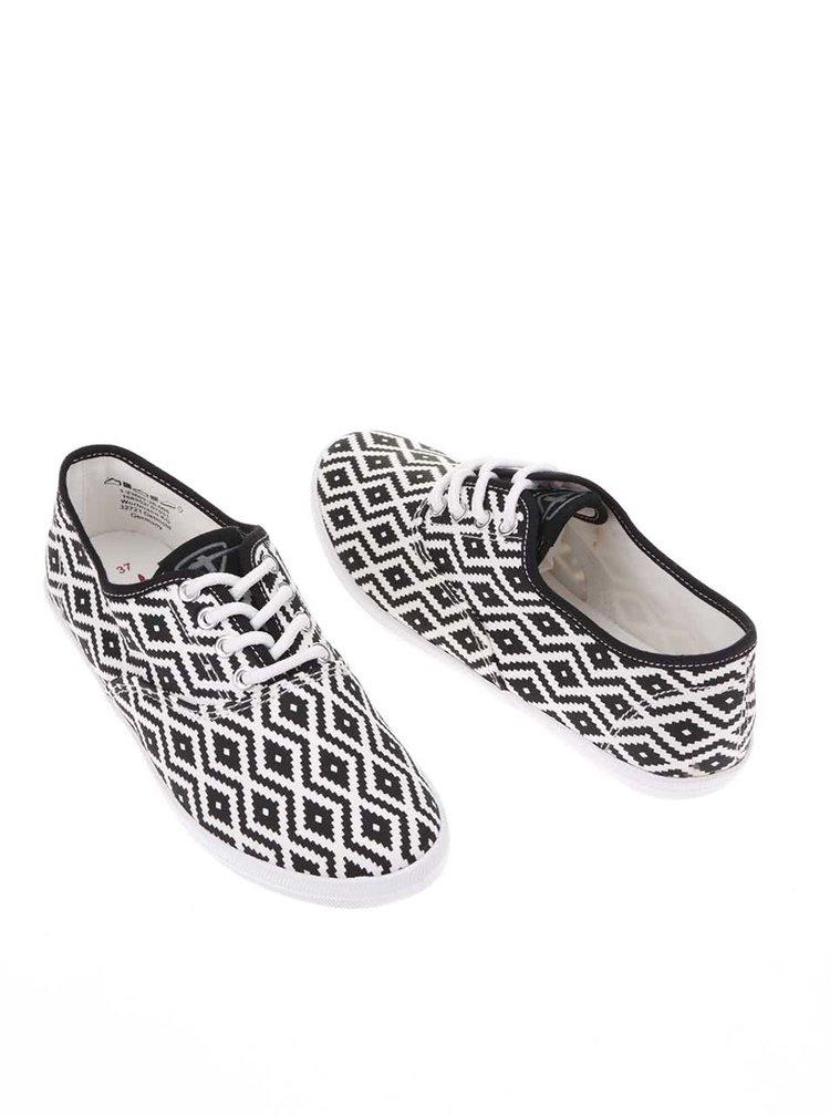 Černo-bílé vzorované tenisky Tamaris