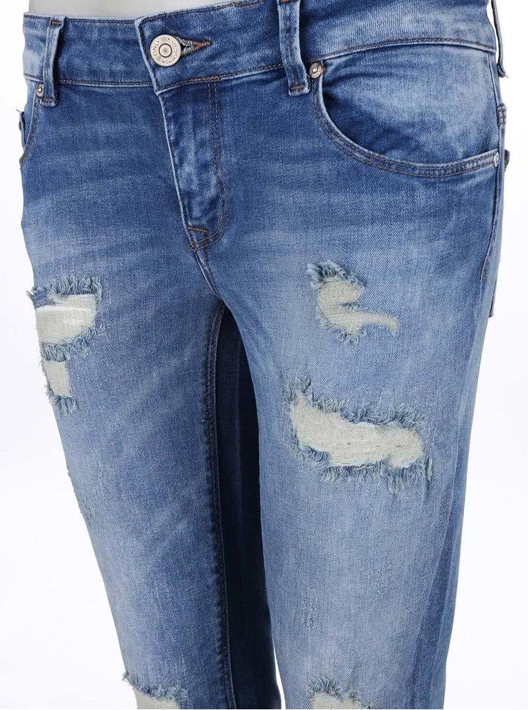 Modré džíny s kratšími nohavicemi ONLY Carrie