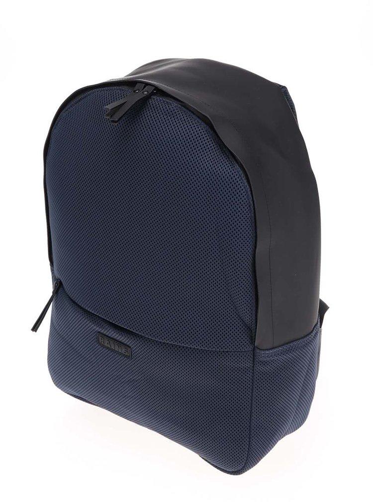 Tmavě modrý voděodolný batoh RAINS