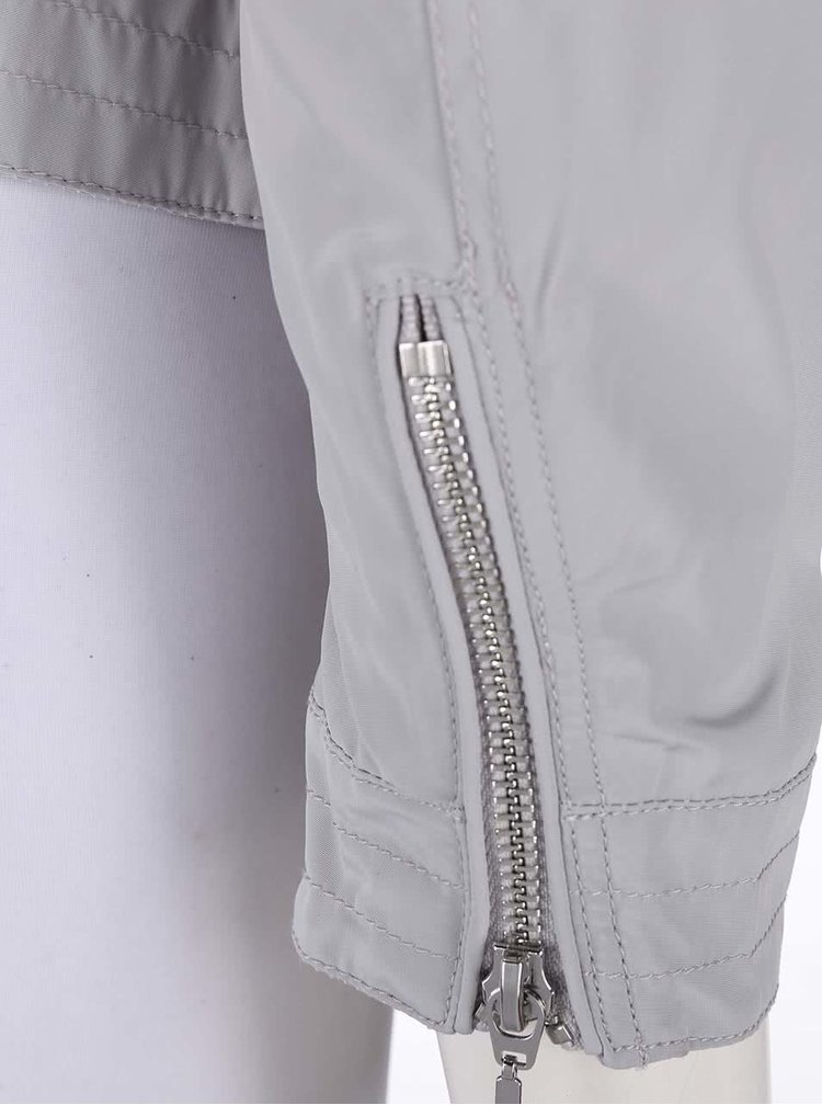 Jachetă gri deschis Geox impermeabilă