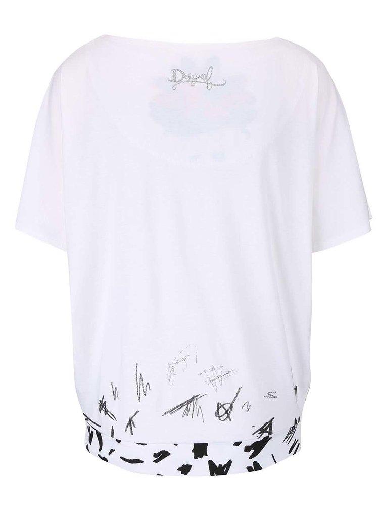 Bílé tričko se srdcem a netopýřími rukávy Desigual Domingo