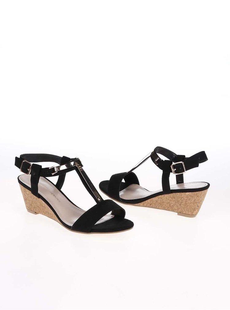 Čierne sandále na platforme s detailmi v zlatej farbe Dorothy Perkins