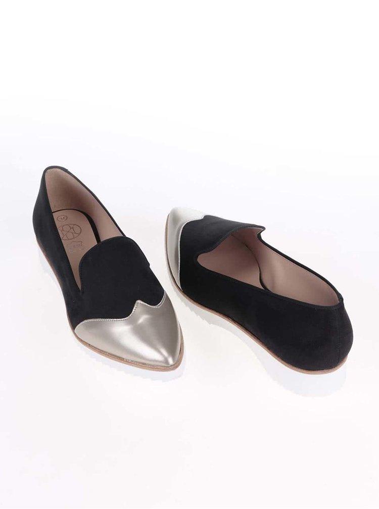Čierne loafers s metalickou špičkou OJJU
