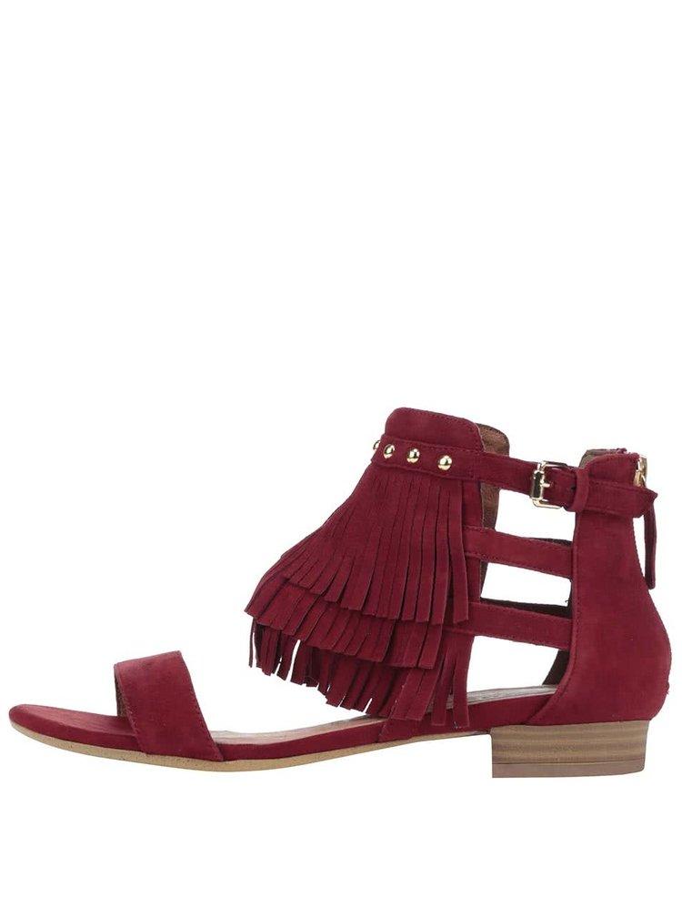 Červené semišové sandále so strapcami Tamaris