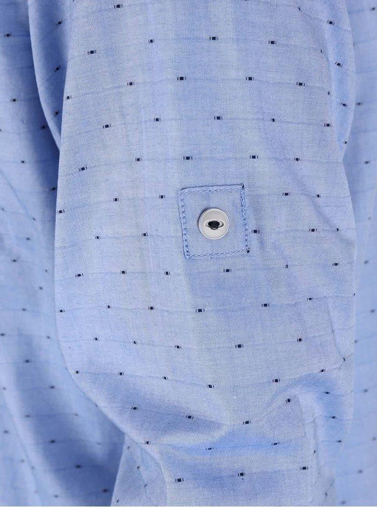 Světle modrá pánská slim fit košile s puntíky s.Oliver