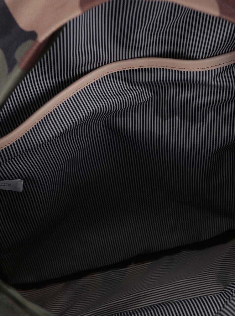 Maskáčový unisex batoh Herschel Winlaw 22 l