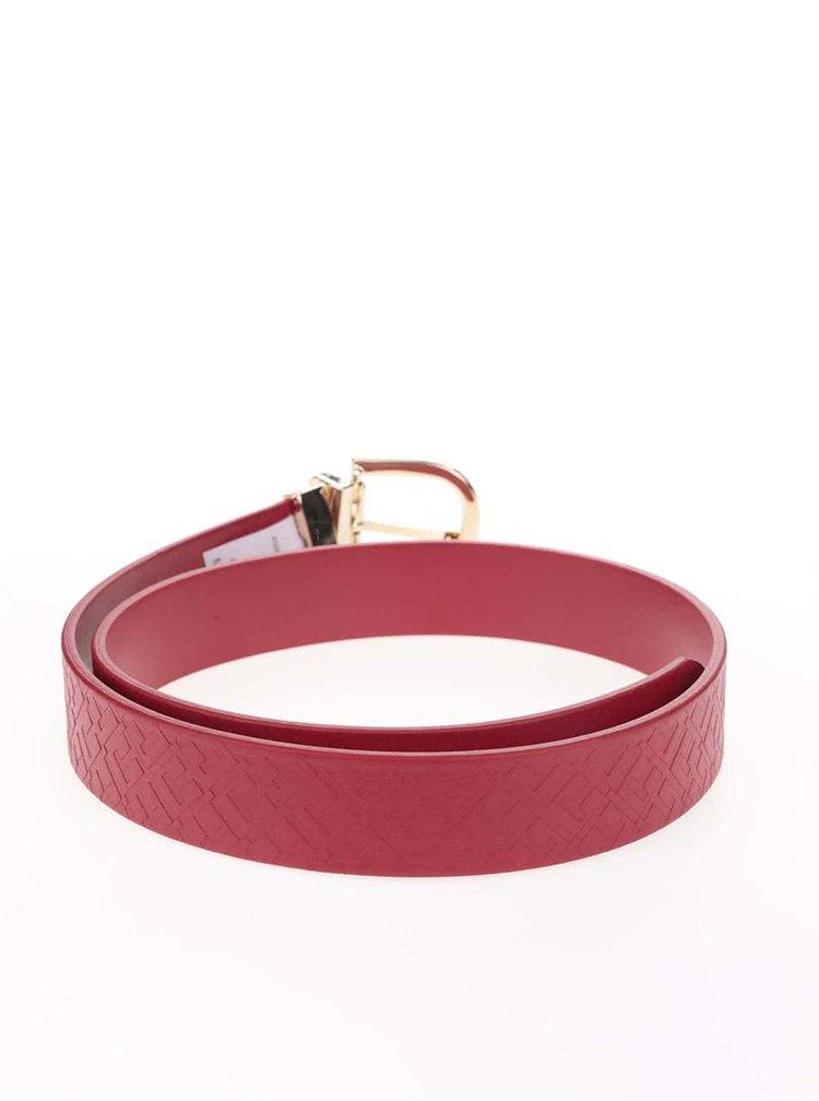 Červený dámský kožený pásek Tommy Hilfiger Emboss