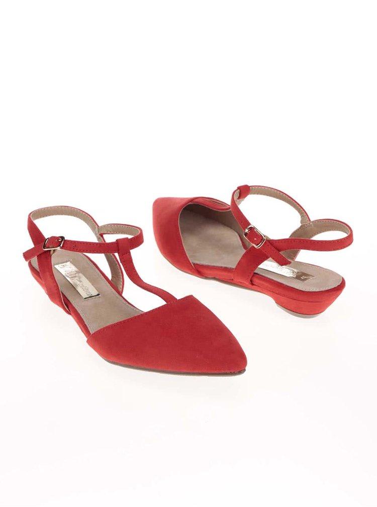 Červené sandálky s uzavřenou špičkou Xti