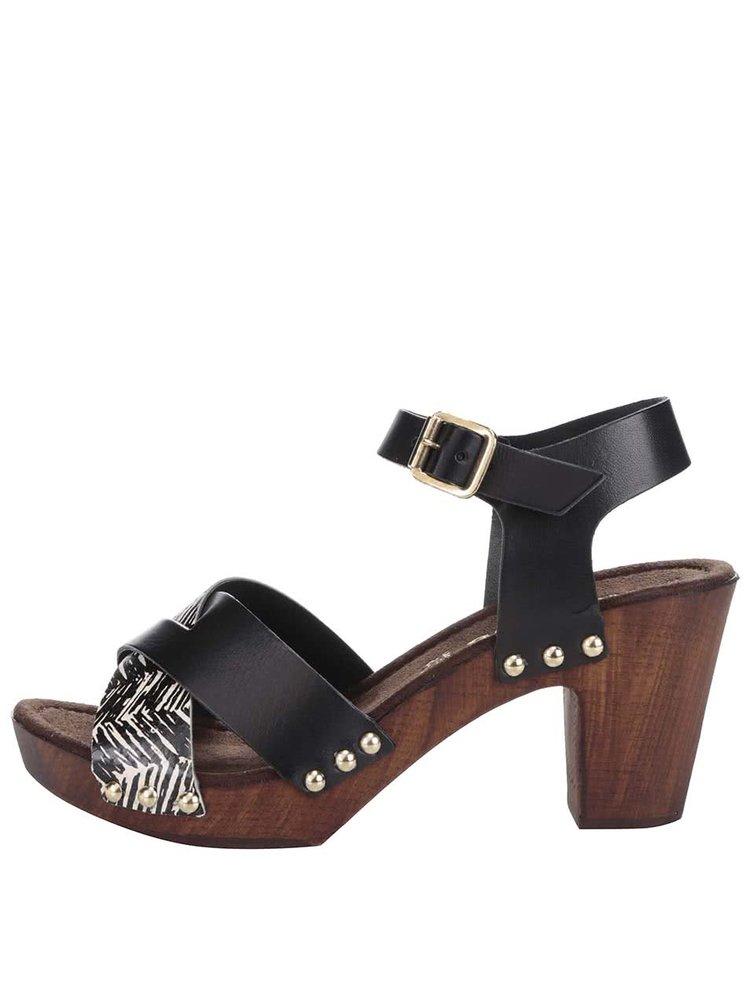 Čierno-hnedé kožené sandále na podpätku Tamaris