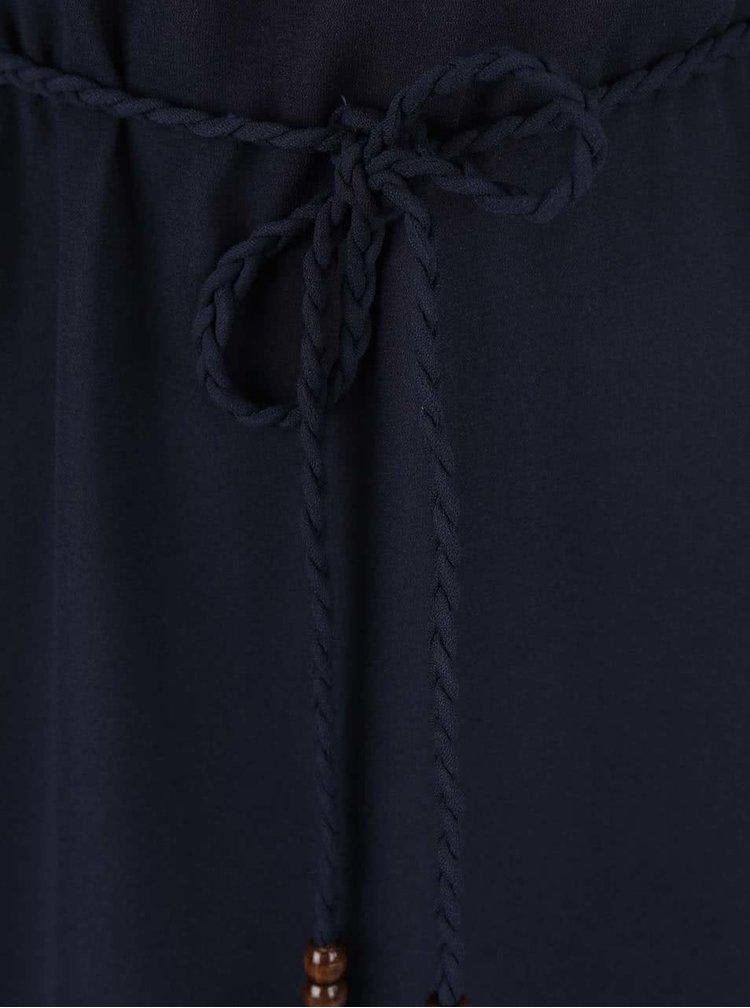 Tmavomodré šaty s čipkovaným chrbtom a prepletaným opaskom ONLY Karen