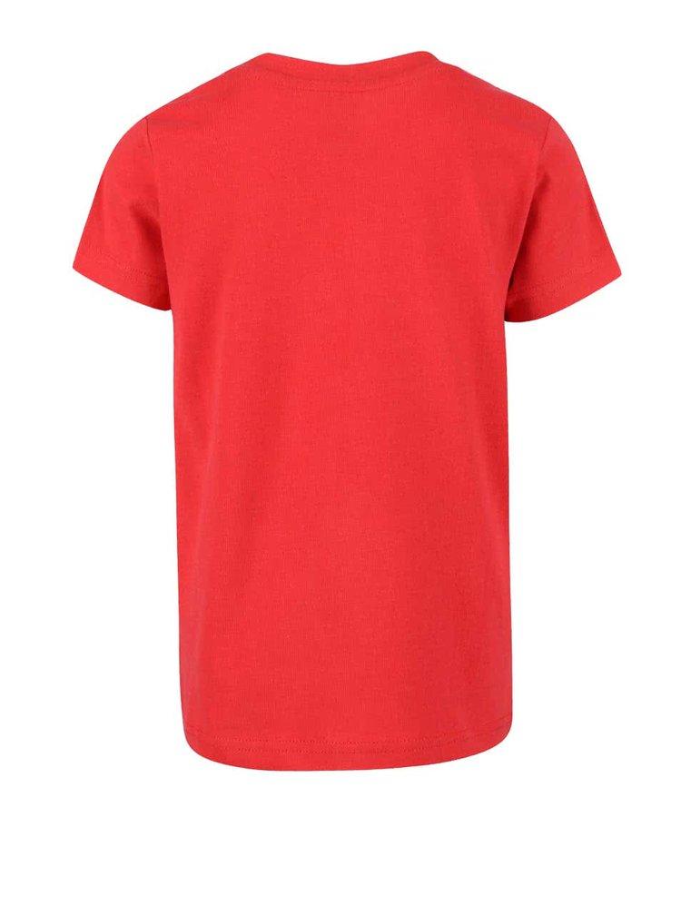 Červené chlapčenské tričko so žralokmi Frugi Stanley