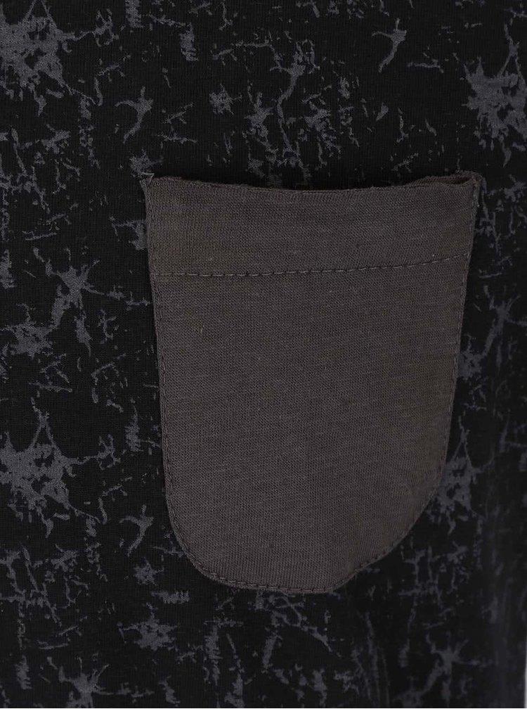 Černé vzorované triko s šedou kapsičkou Blend