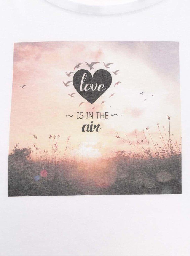 Bílé dámské oversize tričko ZOOT Originál Love Is In The Air