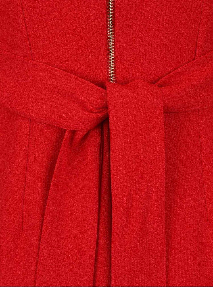 Červené šaty s rozparkem na přední straně a 3/4 rukávem Closet