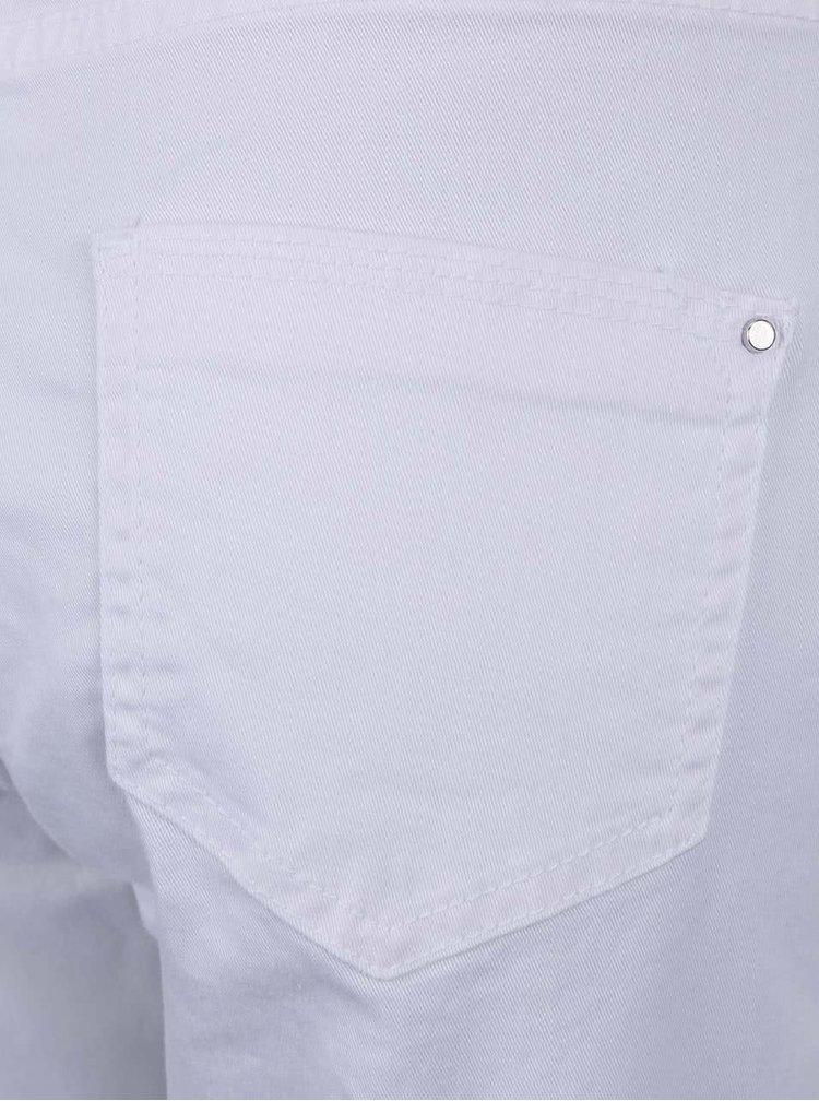 Biele rifľové kraťasy nad kolená Dorothy Perkins