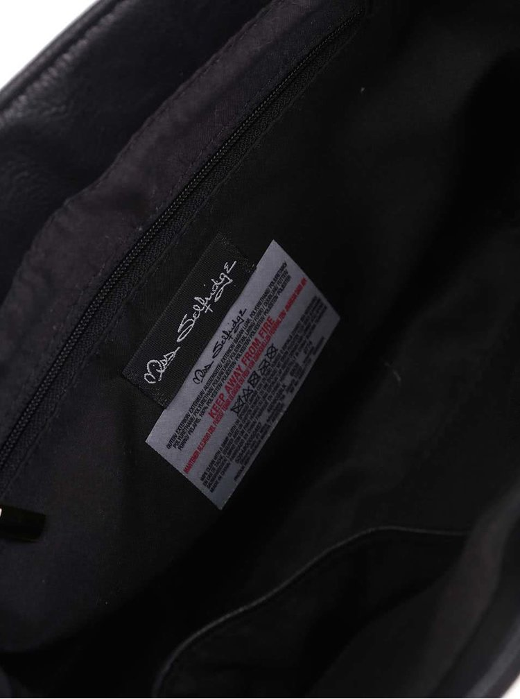 Černá crossbody kabelka s klopou v semišové úpravě Miss Selfridge