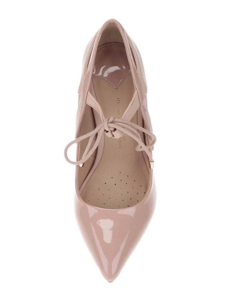 Pudrově růžové lodičky s lesklými detaily Dorothy Perkins