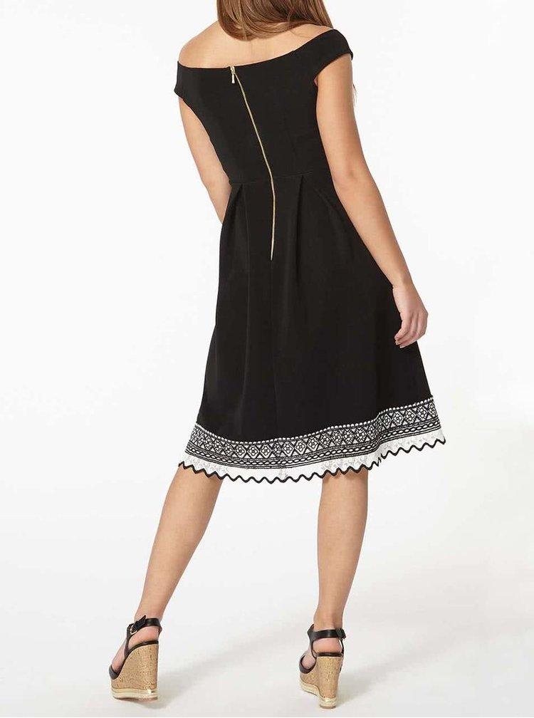 Čierne šaty s ozdobným lemom Dorothy Perkins