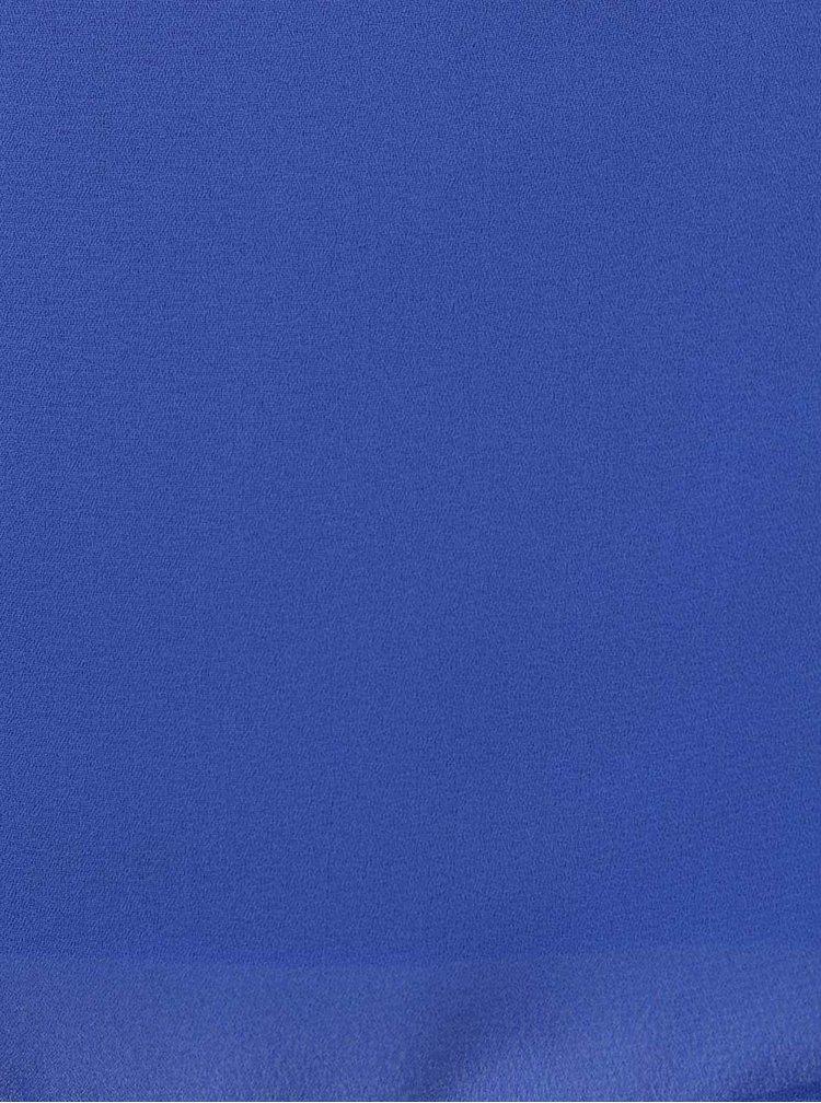 Modrý top volnějšího střihu Haily´s Ida