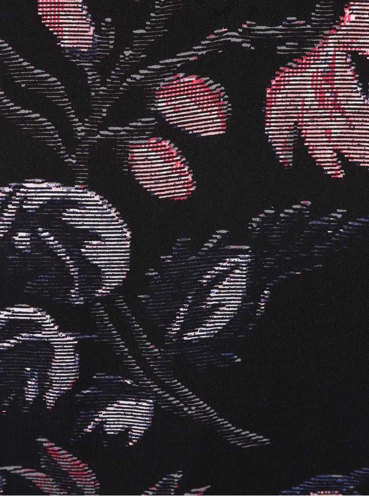Černá květovaná halenka VERO MODA New Maker