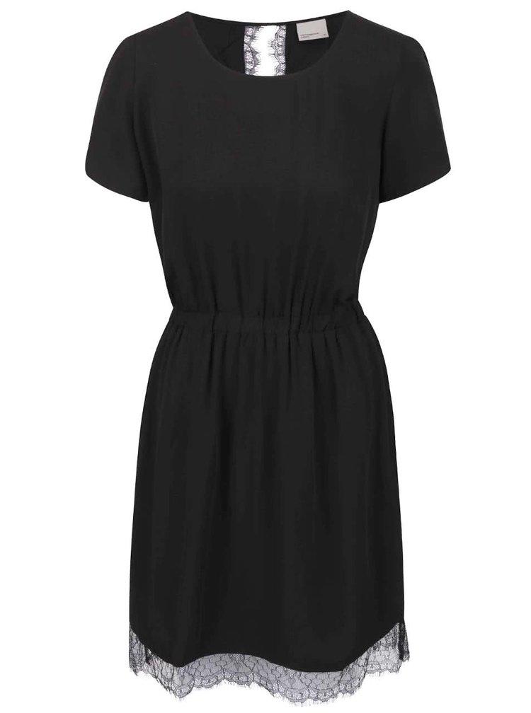 Čierne šaty s čipkovaným lemom VERO MODA New Maker