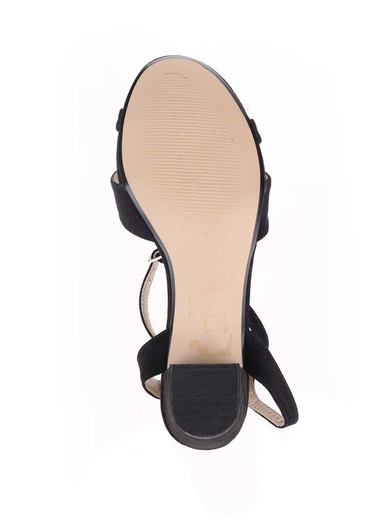 Čierne sandále s remienkom okolo priehlavka Dorothy Perkins