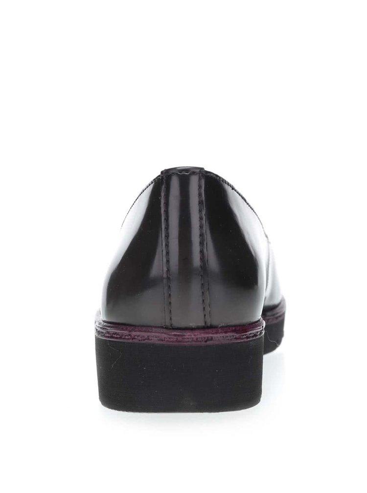 Černé lesklé loafers Tamaris