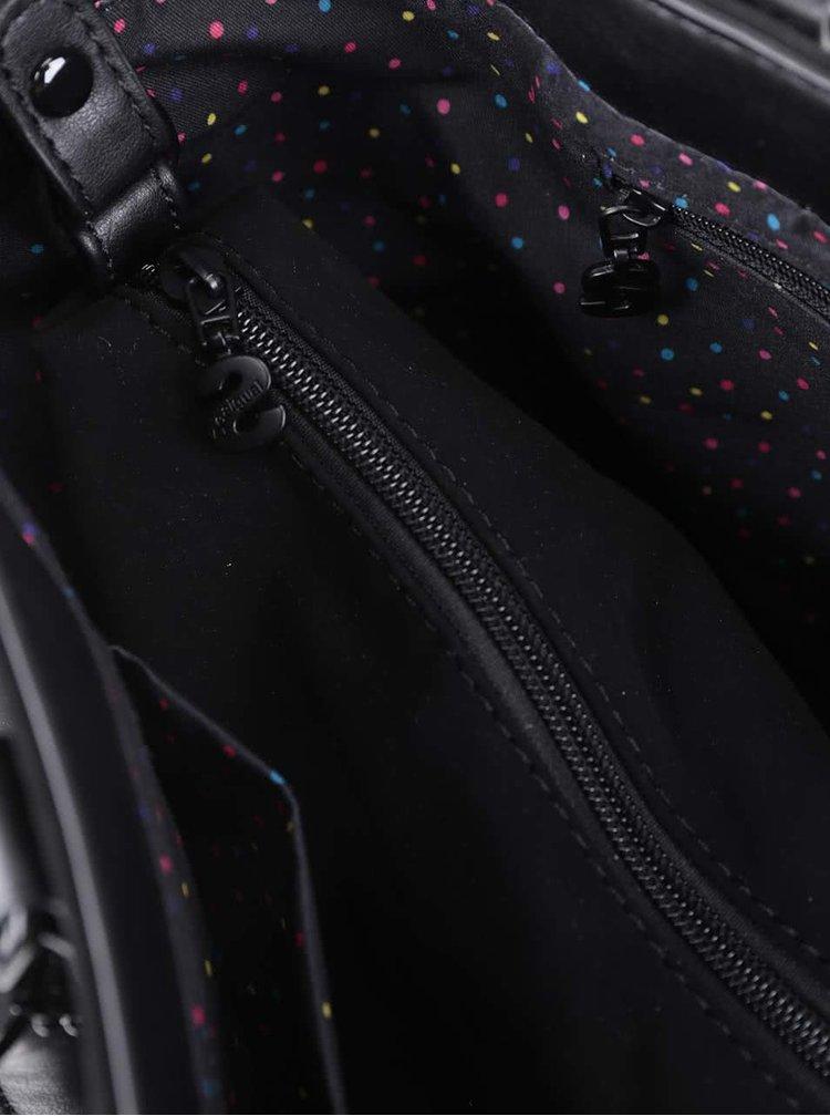Čierna matná kabelka s detailmi v striebornej farbe Desigual Florida