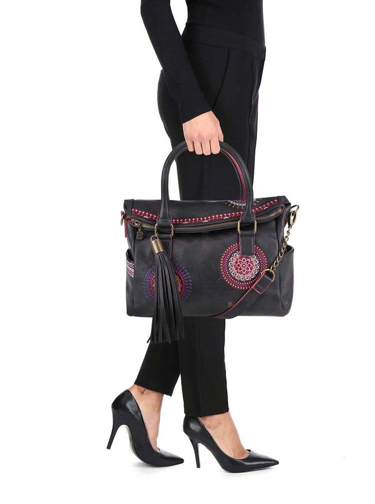 Tmavohnedá vzorovaná kabelka so strapcom Desigual Liberty Greta
