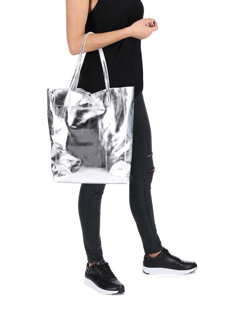 Kožený shopper v striebornej farbe ZOOT Simple