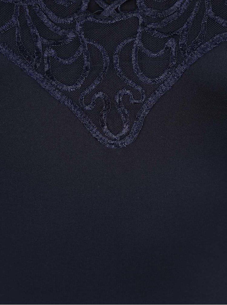 Tmavomodré šaty s čipkou vo výstrihu AX Paris