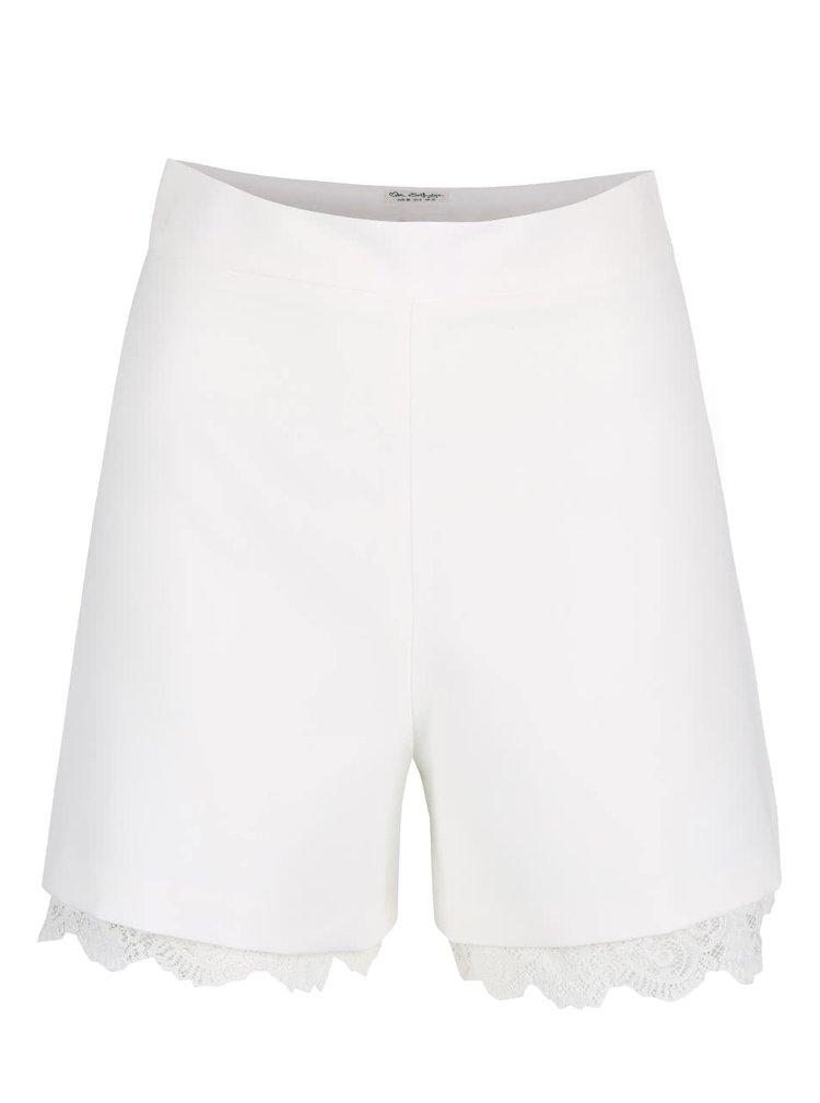 Pantaloni scurti crem cu aplicatie din dantela - Miss Selfridge