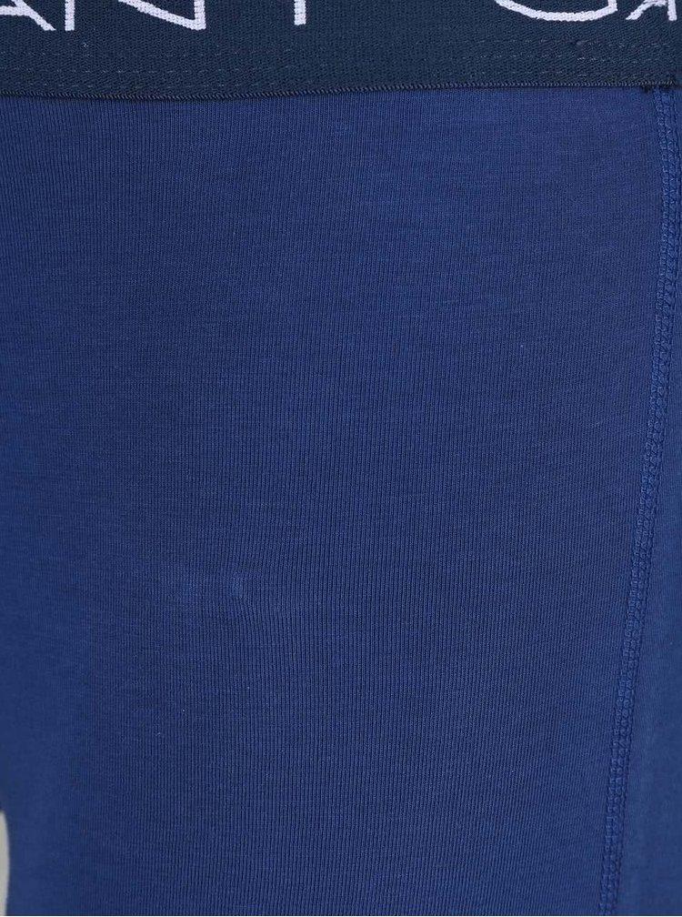 Súprava troch boxeriek v sivej, vínovej a modrej farbe GANT