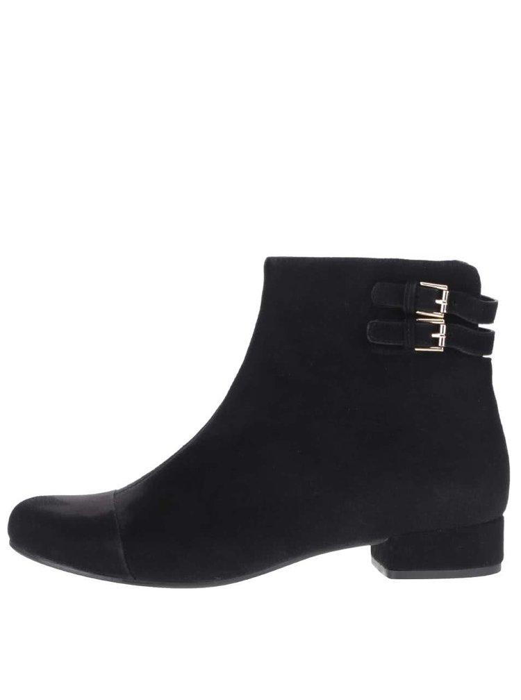 Čierne semišové členkové topánky s detailmi v zlatej farbe Vagabond Sue
