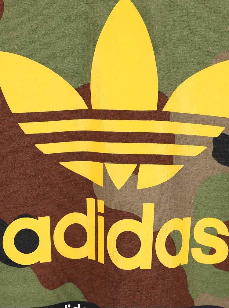 Tricou gri Adidas Originals Camo cu print