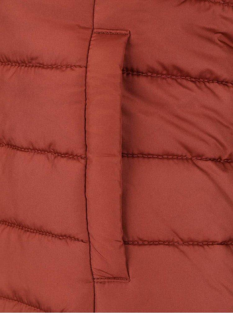 Tehlová vesta na zips ONLY Marit Quilted