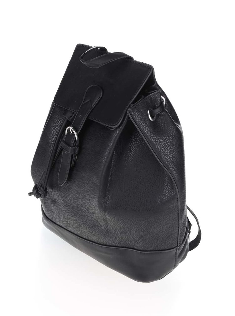 Černý batoh s přezkou Pieces Philis