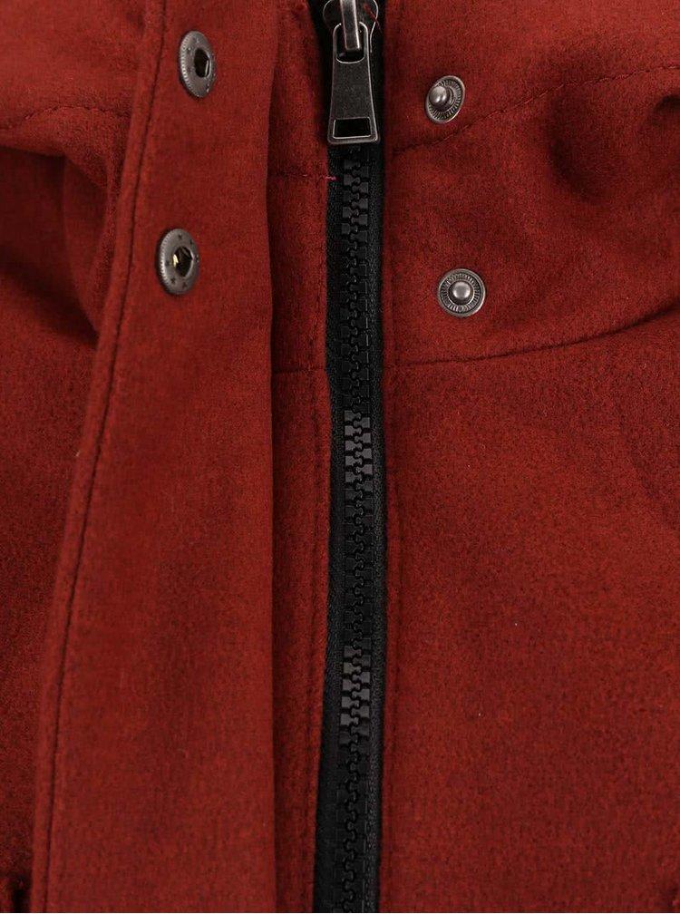 Jachetă groasă VERO MODA Modaliga roșie