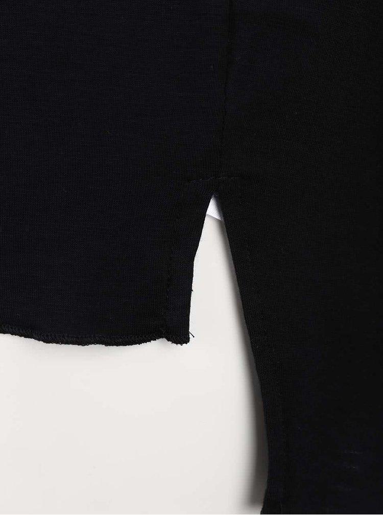 Tricou negru ONLY Sylvia cu lanț argintiu decorativ