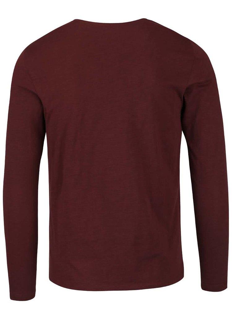 Vínové triko s potiskem a dlouhým rukávem Blend
