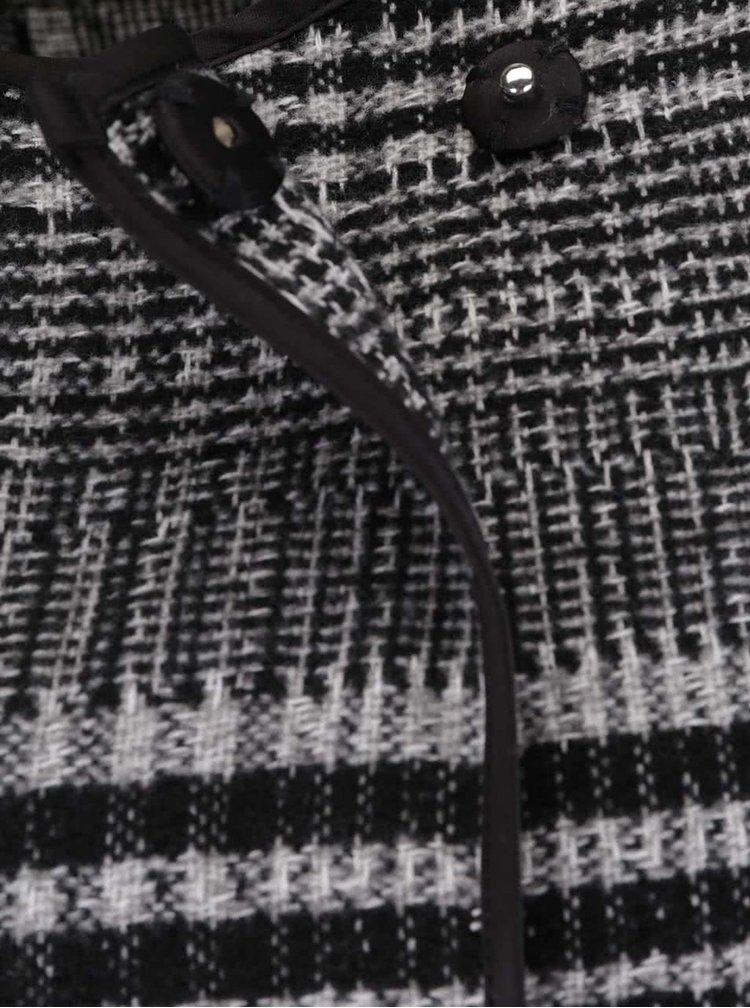 Čierny kockovaný blejzer VERO MODA Tiffany