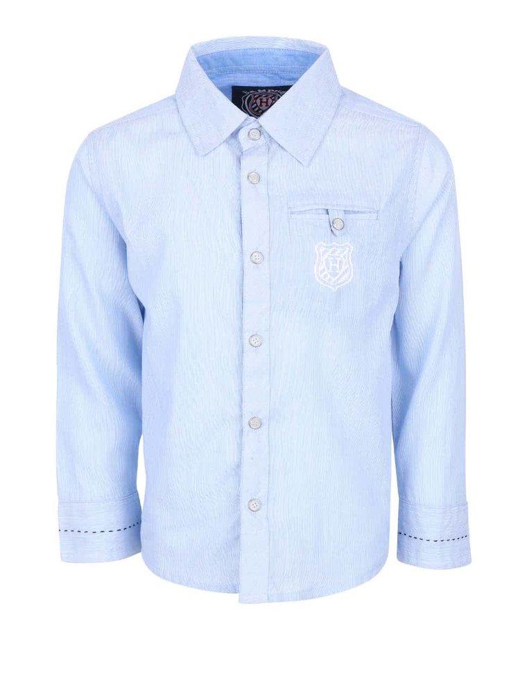 Světle modrá klučičí košile 5.10.15.