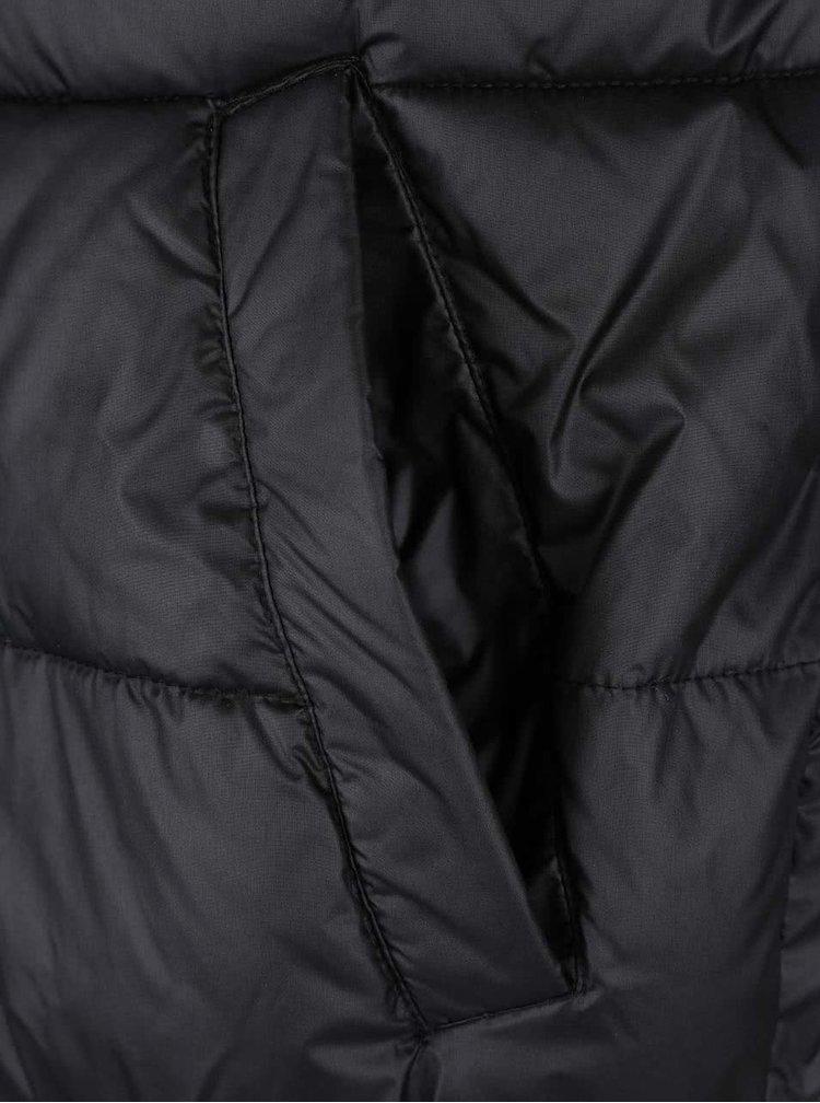 Černá prošívaná bunda s kapucí Lindbergh