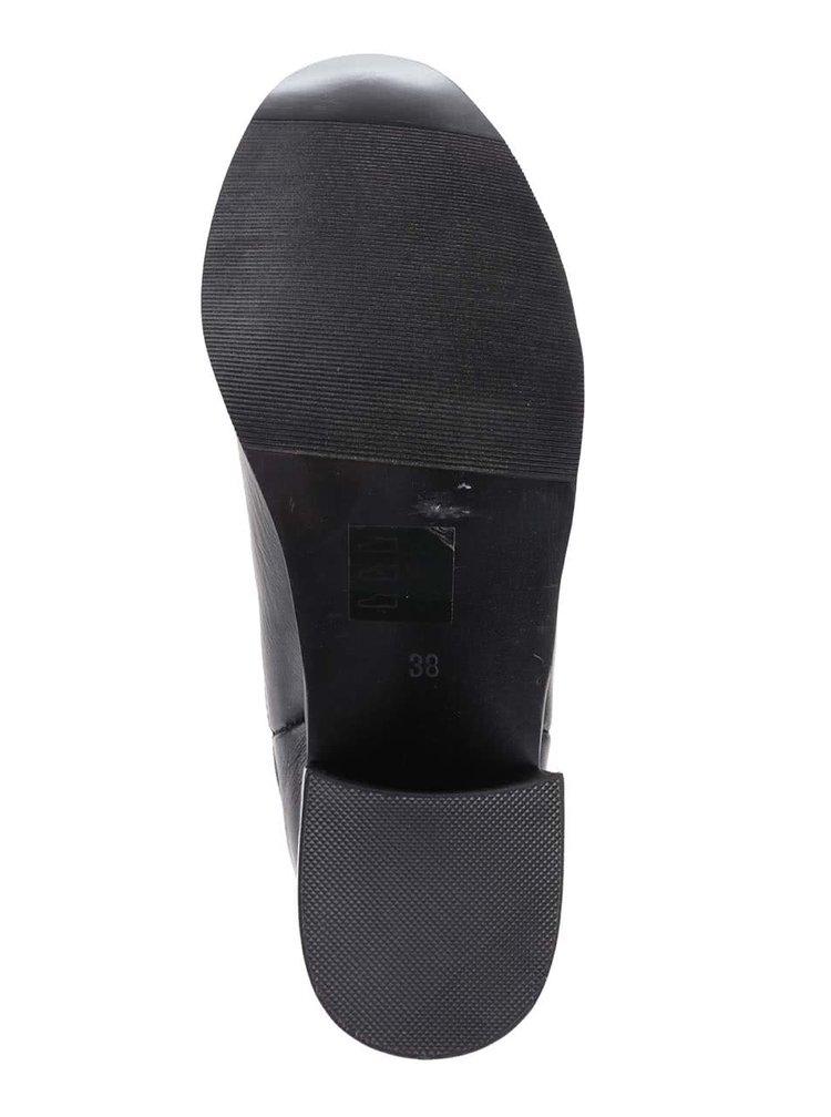 Členkové chelsea topánky na podpätku Pieces Jona