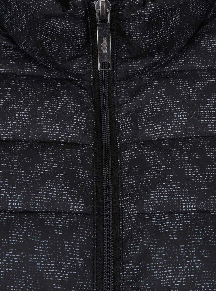 Jacheta matlasata neagra s.Oliver cu model discret pentru femei