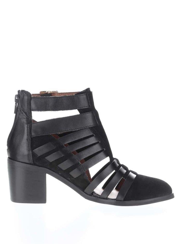 Čierne kožené remienkové členkové topánky na podpätku Miss Selfridge