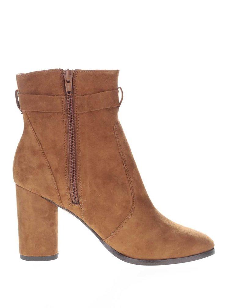 Hnědé semišové kotníkové boty na podpatku Miss Selfridge